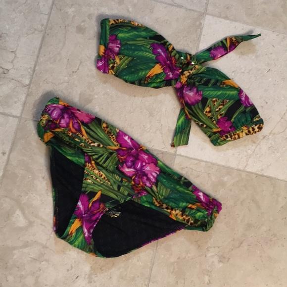 Victoria's Secret Other - VS swim suit PRICE FIRM